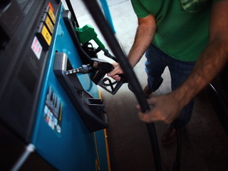 Gas prices continue to inch higher in WNY