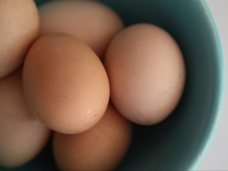 Tops to sell only cage-free eggs