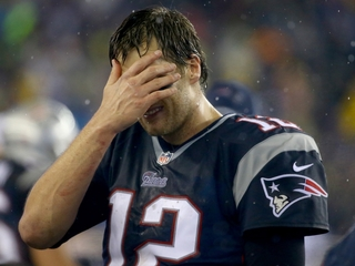 Brady drops case, won't play Bills on October 2