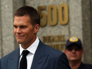 Brady suspension reinstated, won't play Bills