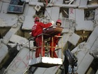 Taiwan quake: Survivor pulled from building