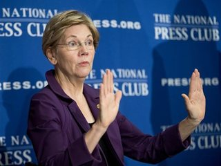 Warren's hard choice in Dems' White House run