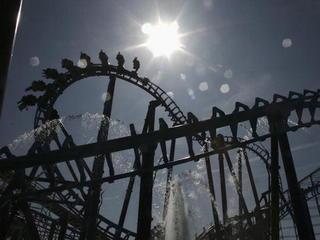 Roller coaster derails at Scottish theme park