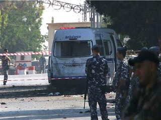 Suicide bombers kill 5 in eastern Lebanon