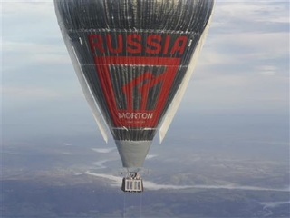 Russian balloonist hopes to circumnavigate globe
