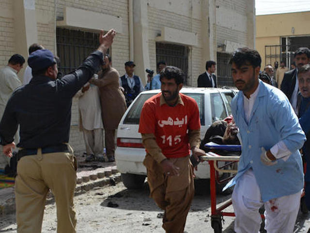 Pakistanis Mourn Attack on Lawyers and a Deadly Culture War