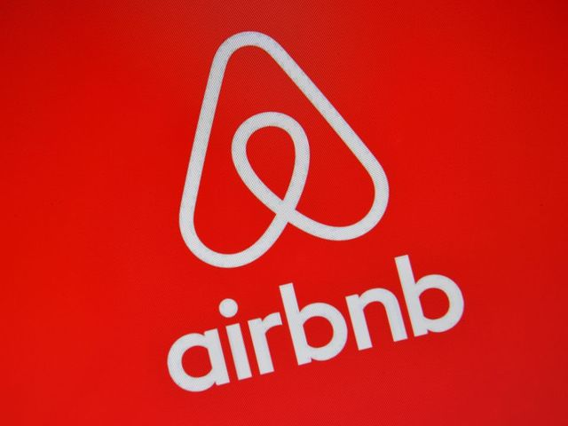 Airbnb offers concessions to regulators as new law looms in NY