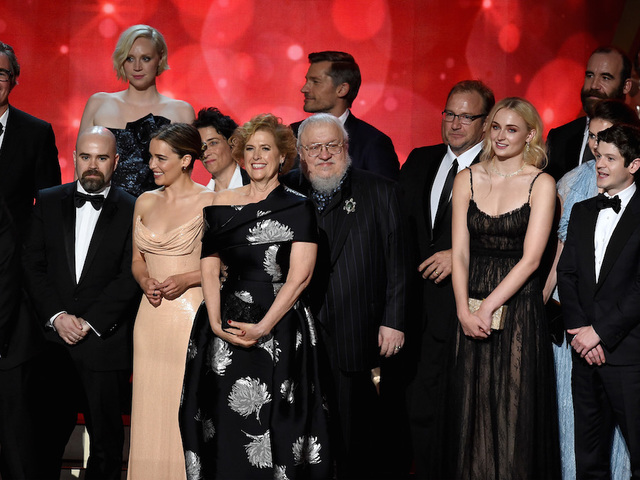 Maggie Smith shows Hollywood who is boss after Emmy win 1