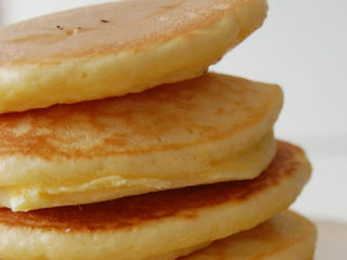 Here's how to make perfectly fluffy pancakes