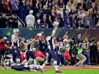 New England Patriots win Super Bowl LI