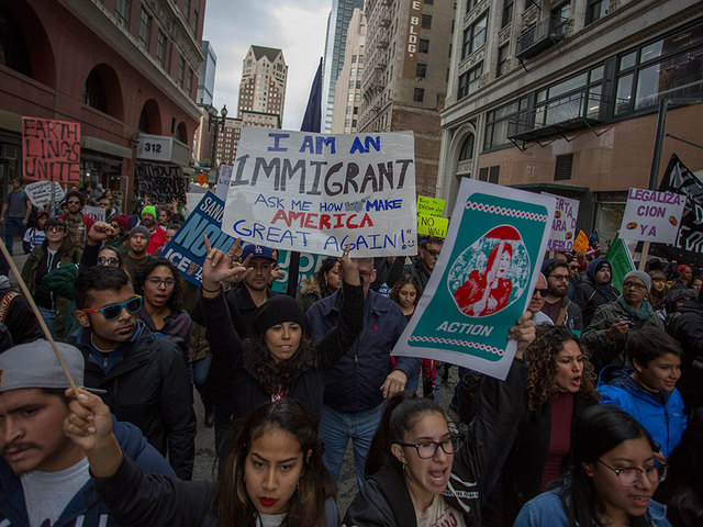Abbott Bans Sanctuary Cities in Texas