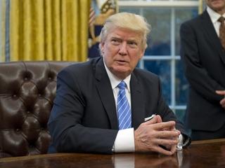 Trump claims Obama had his phones wiretapped