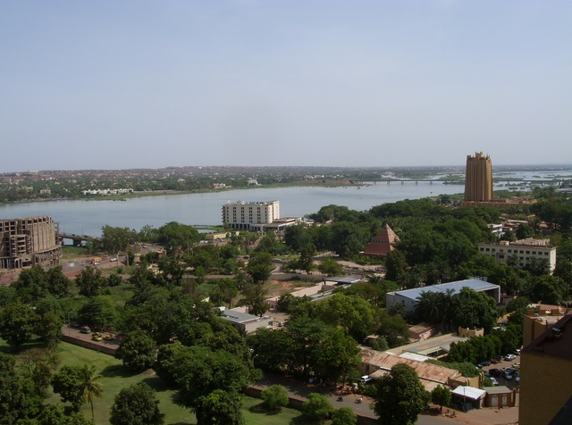 """4 killed in attack by extremists at Mali resort"""""""