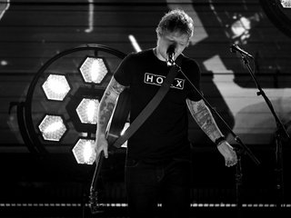 Ed Sheeran briefly deletes Twitter account