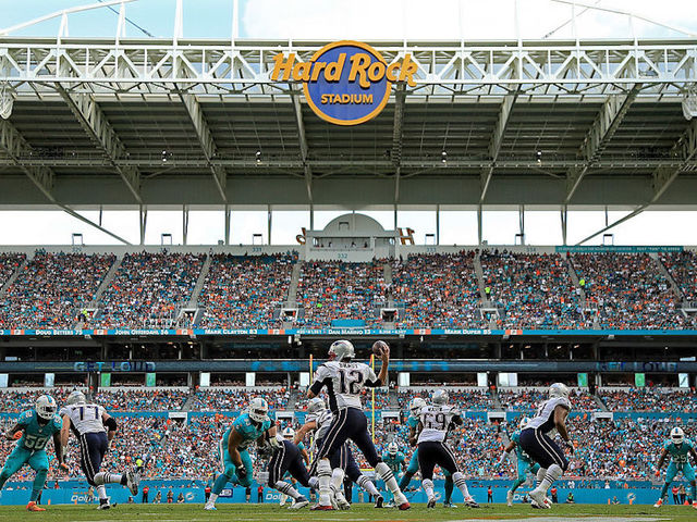 Dolphins-Bucs won't play in Miami