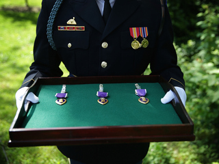 Court: Wearing fake medals is freedom of speech