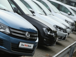 Volkswagen to fix or buy back tons of US cars