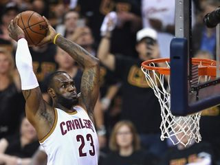 LeBron James inks 3-year deal with Cavs