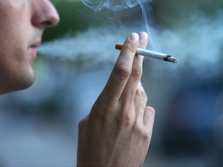 Cancer survivors may keep risky lifestyles