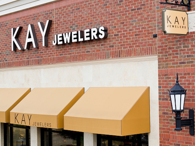 Kay Jewelers accused of exchanging real diamonds with fakes WKBW