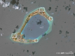 China built military weapons in South China Sea