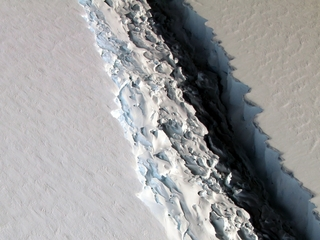 Giant iceberg poised to break off Antarctica