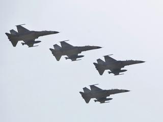 China's military advance gets Taiwanese response