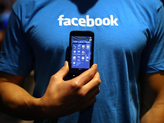 Thailand backs off threat to block Facebook