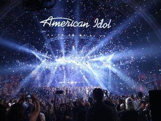 American Idol Tour Bus coming to Canalside