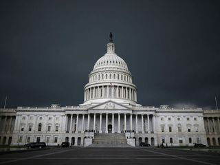 Senate can't reach deal, government shuts down