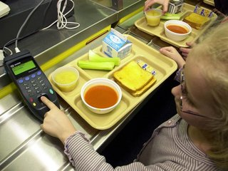 Cuomo proposes measures to fight student hunger