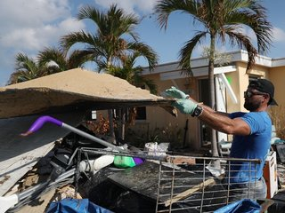 Florida turns Irma's wreckage into power