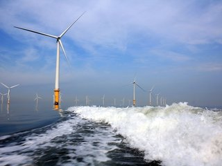 Future of wind energy farms may be on the ocean