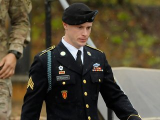 Sgt. Bowe Bergdahl pleads guilty to desertion
