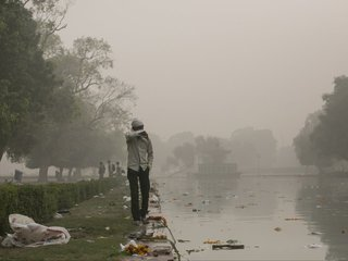 Air pollution in New Delhi reaches new levels