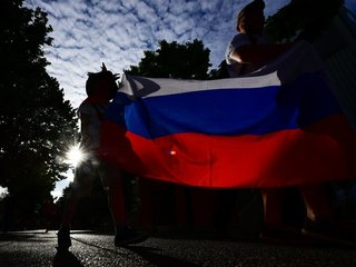 Russia moves on rules targeting foreign media