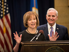 Minnesota Lt. Gov. Tina Smith to replace Franken