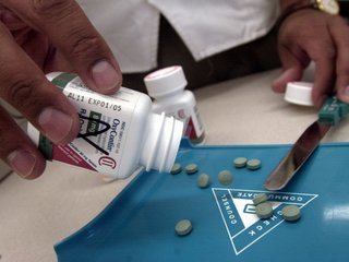 OxyContin maker to stop marketing to doctors