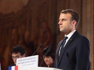 Macron threatens 'strike' in Syria