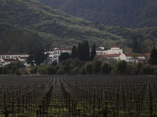Hostages, gunman dead at California veterans hom