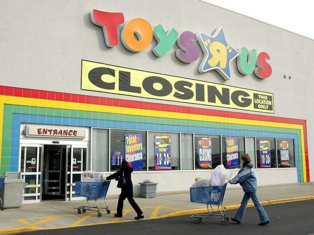 Toy's R Us customers shop for bargains