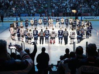 North America mourns after hockey team bus crash