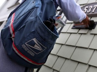 Trump orders a review of the US Postal Service
