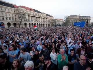 Thousands protest election results in Hungary