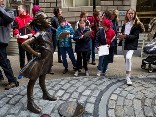 'Fearless Girl' statue to move in NYC