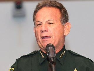 Broward County sheriff faces no-confidence vote