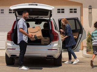 Amazon can now deliver to your car