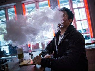 Schumer urges FDA to ban certain e-cig flavors