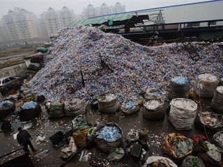 How China is putting the US in a trash crisis