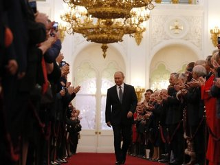 Putin calls for massive social, economic reforms